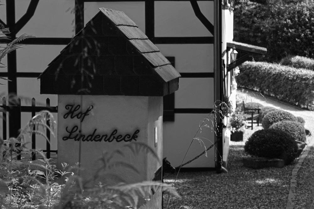 Objektbild: hof lindenbeck - fachwerkhaus aus 1748<br />mit remisen